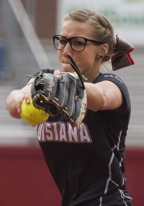 Expectations are high for Ragin' Cajuns softball, but some adversity has already arrived _lowres