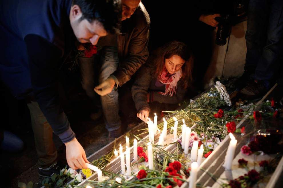 Official: Coordinated gun-and-suicide bombing attacks in Paris leave 129 people dead, 352 injured _lowres