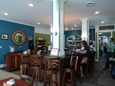 Live Oak Cafe reopens, adds take-out options_lowres