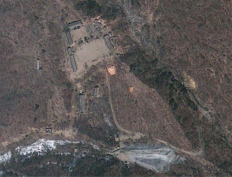 More activity seen at N. Korea nuclear test site _lowres