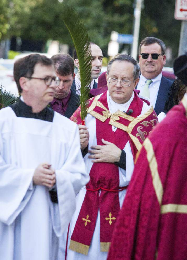 Photos: Churches prepare for Holy Week, Easter with Palm Sunday services _lowres