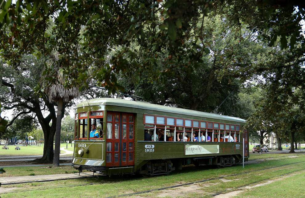 St. Charles Avenue streetcar service to fully resume Sunday following three-month interruption _lowres