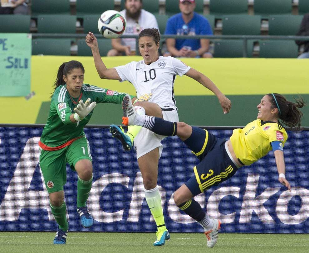 U.S. beats Colombia 2-0 to reach quarterfinals of the Women's World Cup _lowres
