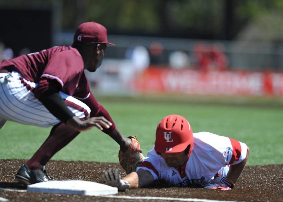 Little Rock grabs early momentum and cruises to 7-1 win over the Cajuns in series finale _lowres