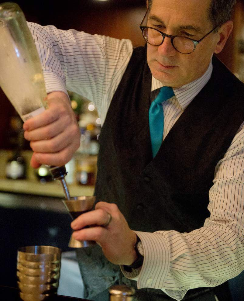 Sampling the French 75: a festive Champagne cocktail with history, creative variations and a potent kick _lowres