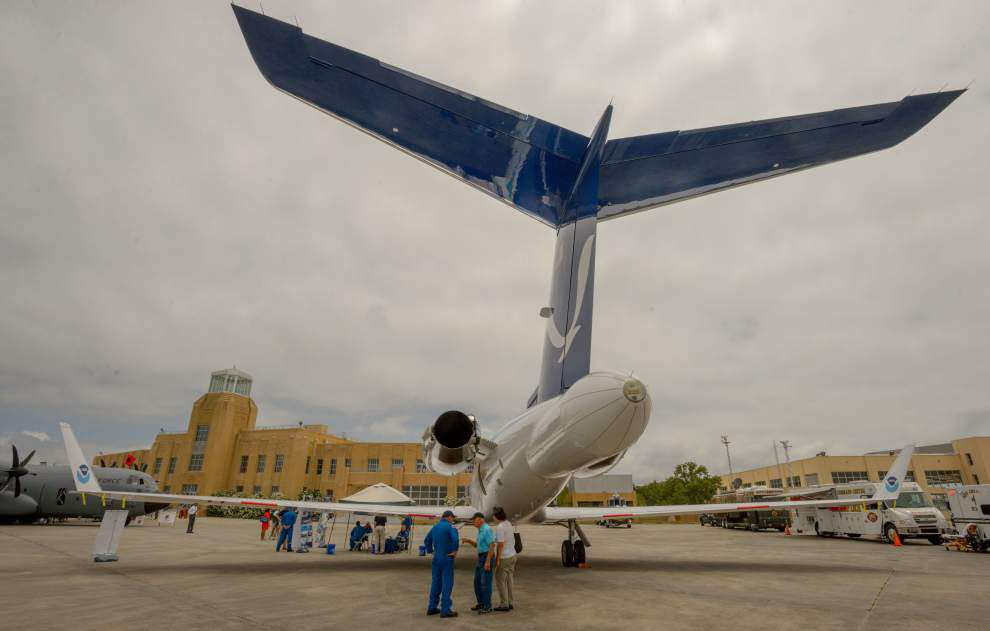 Storm of understanding: Hurricane hunters tout aircrafts, technology in New Orleans stop _lowres