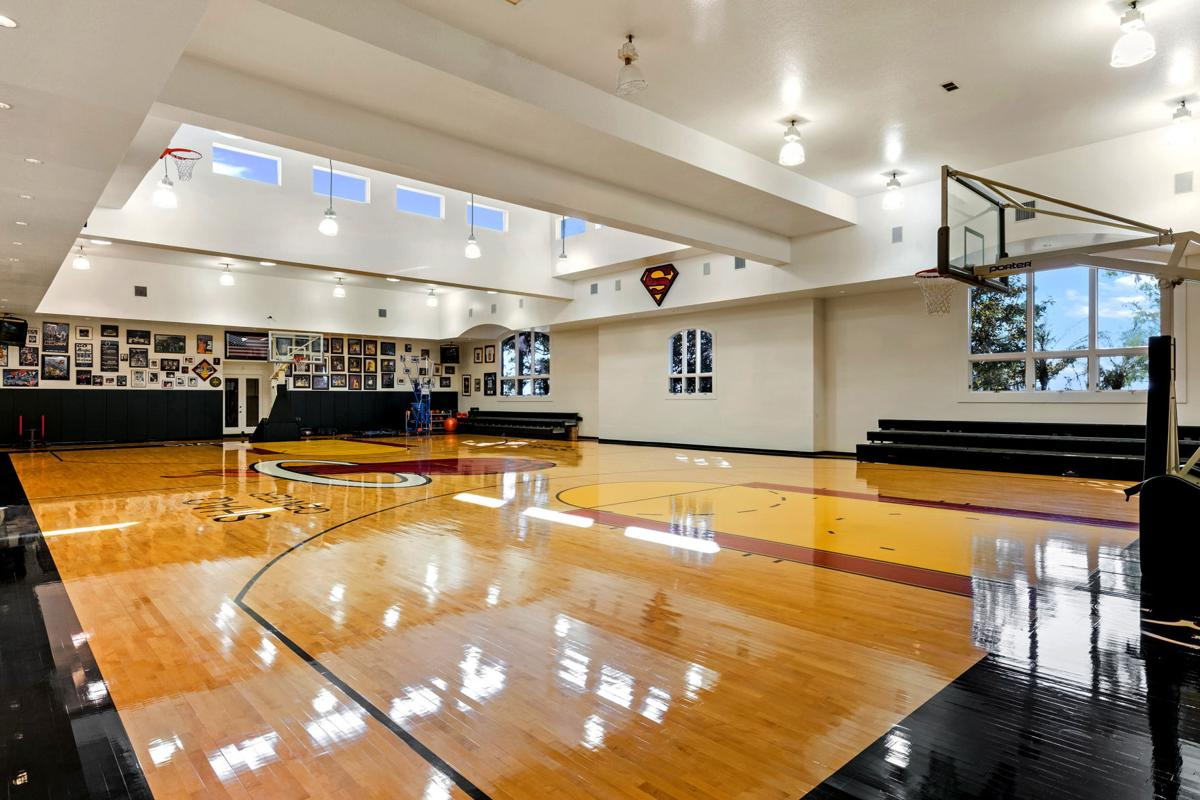 At 28m 31k Square Feet Shaq S Orlando Home Is Fittingly Larger Than Life And Up For Sale Home Garden Theadvocate Com