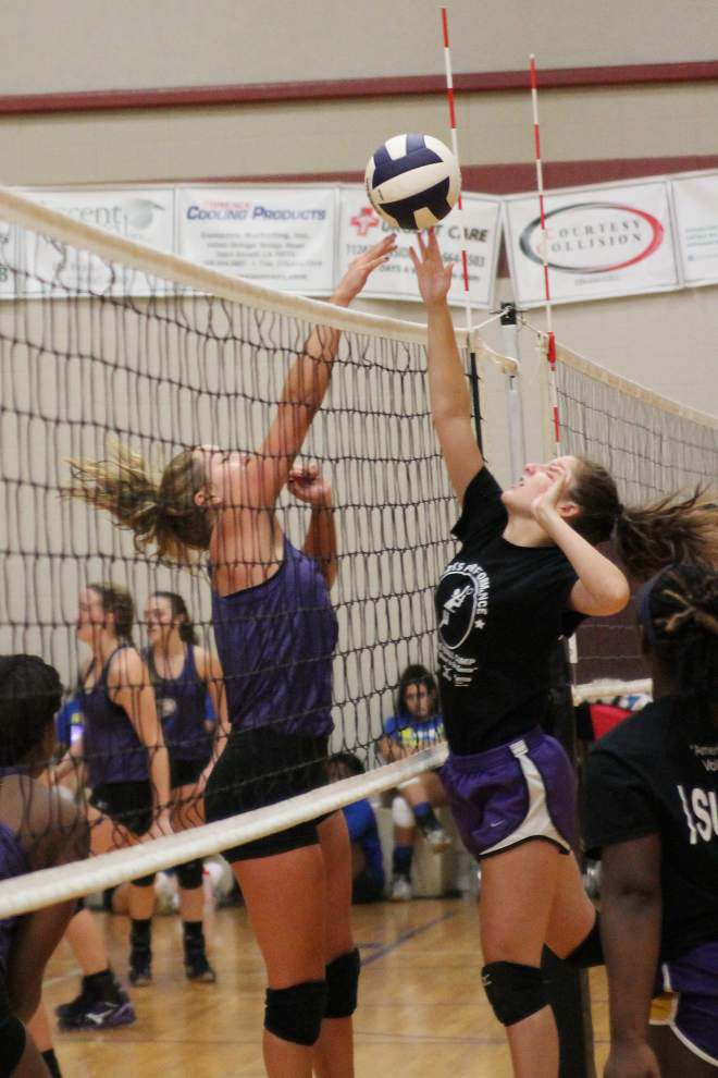 Players sharpen skills at volleyball camp _lowres