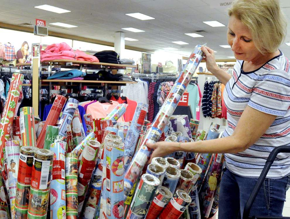 'Twas the day after Christmas, and Baton Rouge area bargain hunters were hitting the stores _lowres