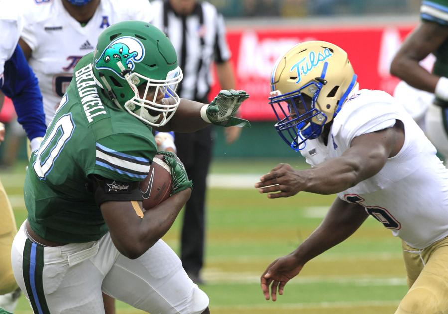 39 i feel like i can do everything 39 tulane rb darius bradwell having big spring tulane. Black Bedroom Furniture Sets. Home Design Ideas