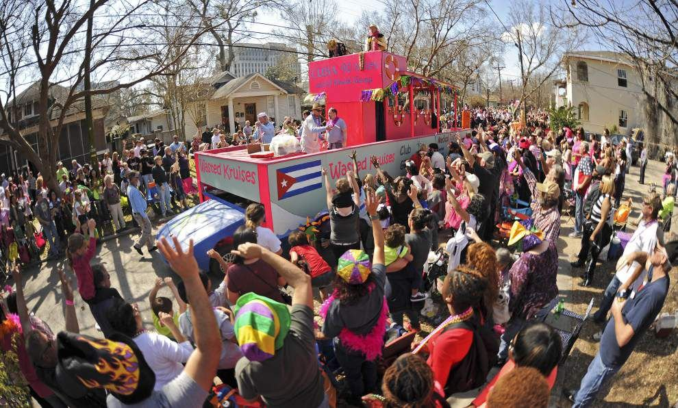 35th Spanish Town parade rolls Saturday: Still 'loose as a goose,' kitschy as a plastic flamingo _lowres
