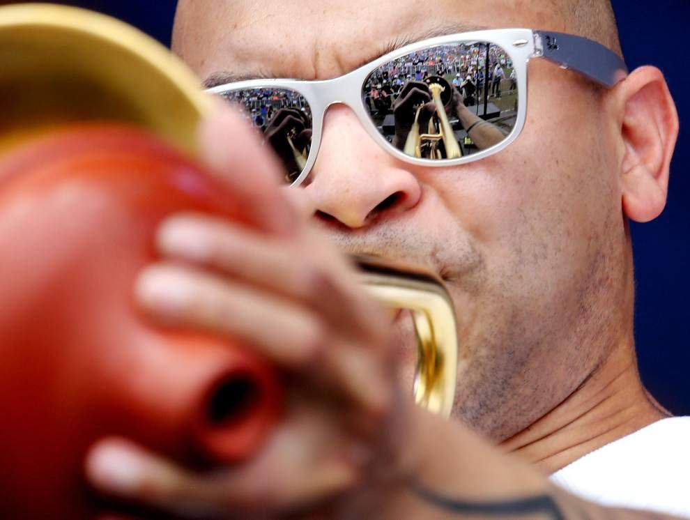 Photos: Jazz Fest Weekend 1: The sun finally shines and sets over a weekend of music, food, dancing that energized Fest goers _lowres