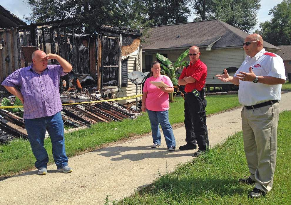 Island residents look for way to fight fires, lower insurance costs _lowres