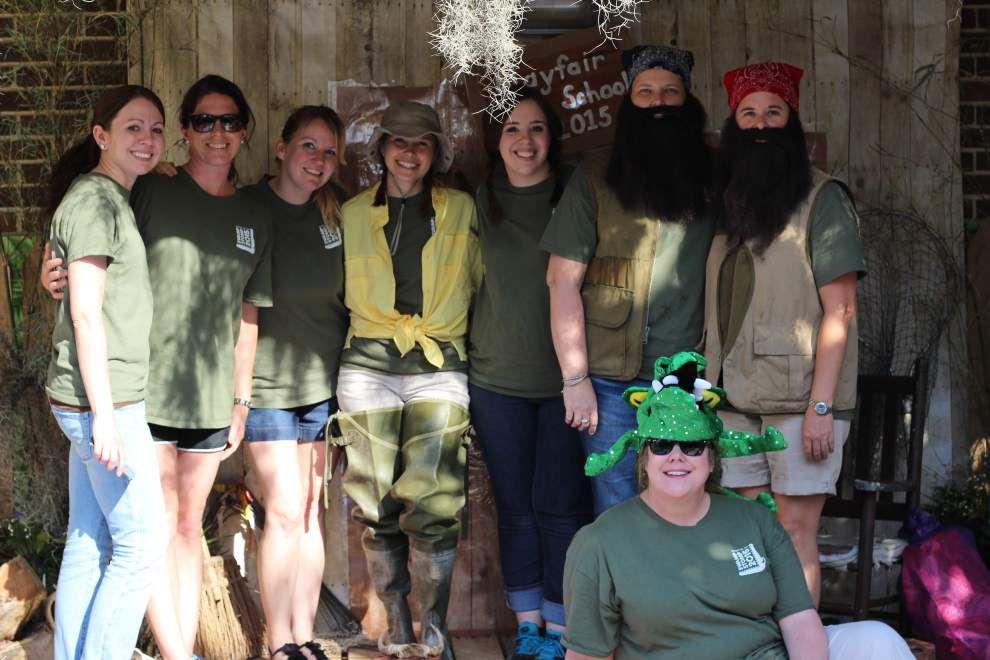 Mayfair Lab School holds 'Swamp Stomp' fair _lowres