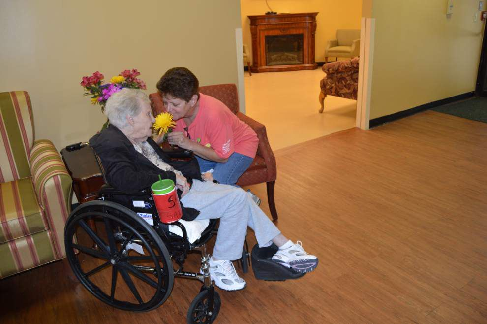 Nursing facility aims to feel like home _lowres
