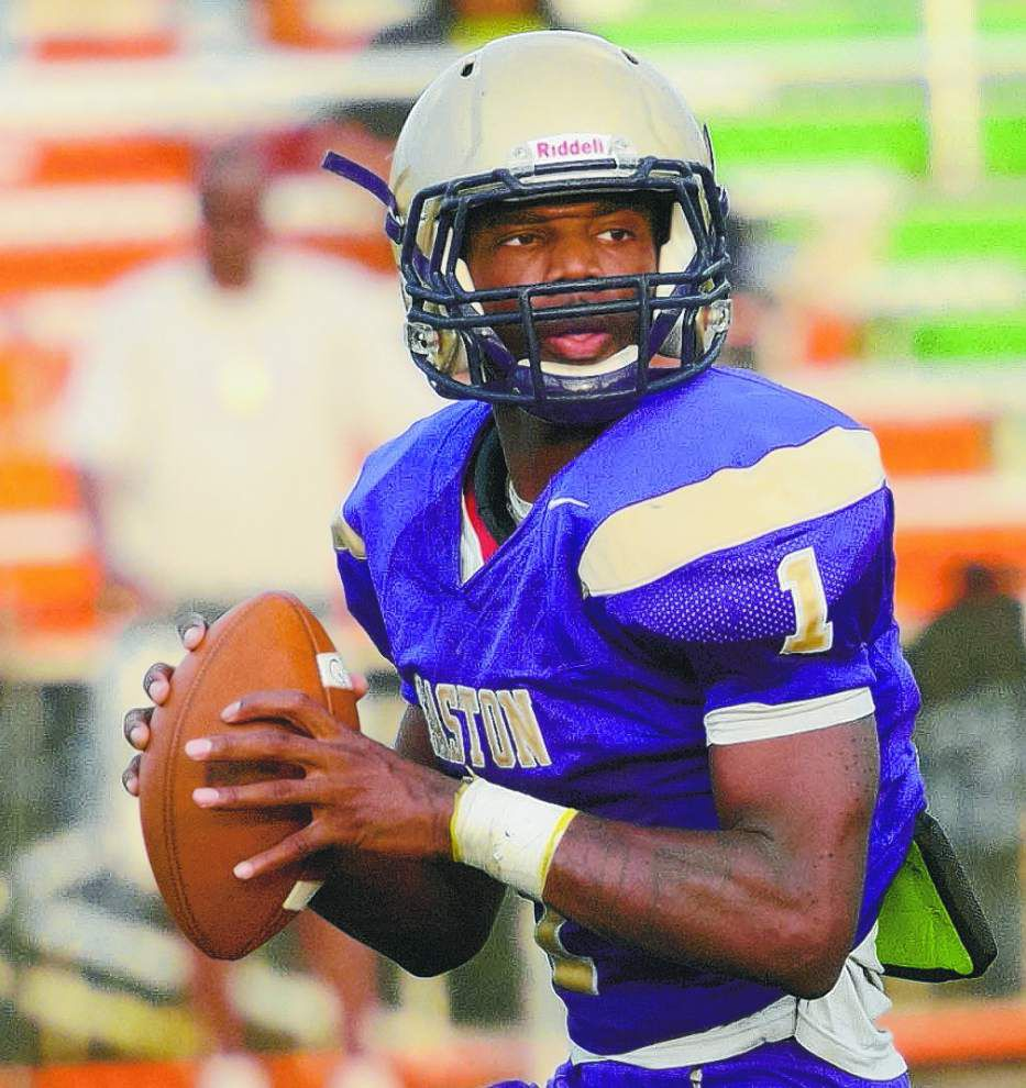 Warren Easton quarterback Deshawn Capers-Smith named Gatorade Louisiana Player of the Year _lowres