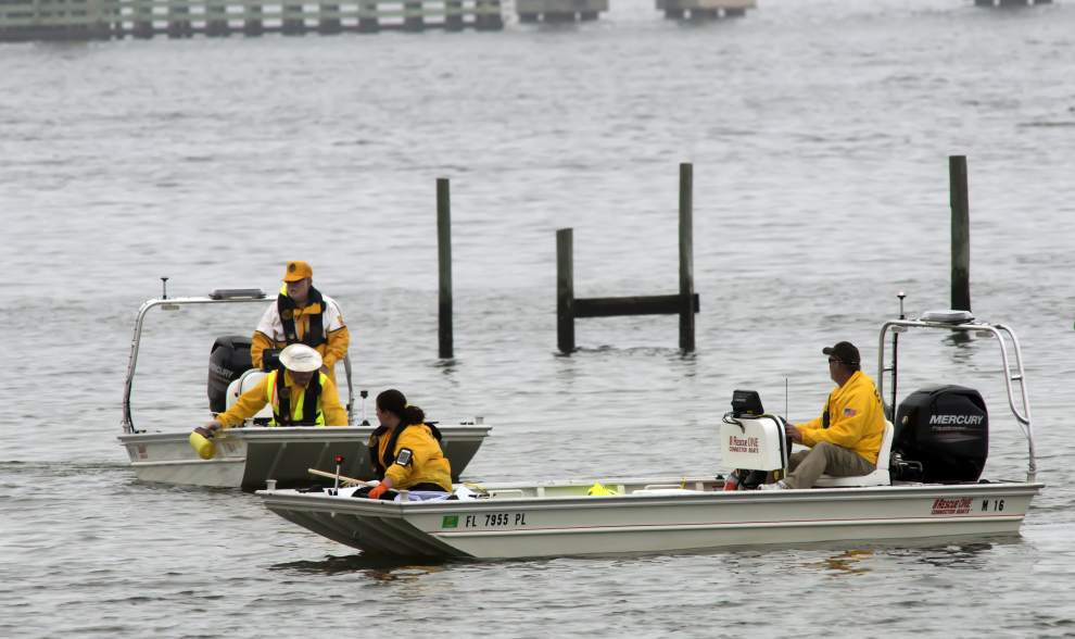 Fog delays recovery in crash of helicopter carrying 4 Louisiana guardsmen, 7 Marines _lowres