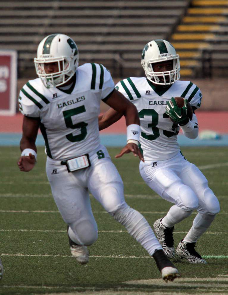 Shaw holds off St. Augustine for first Catholic League win of season _lowres