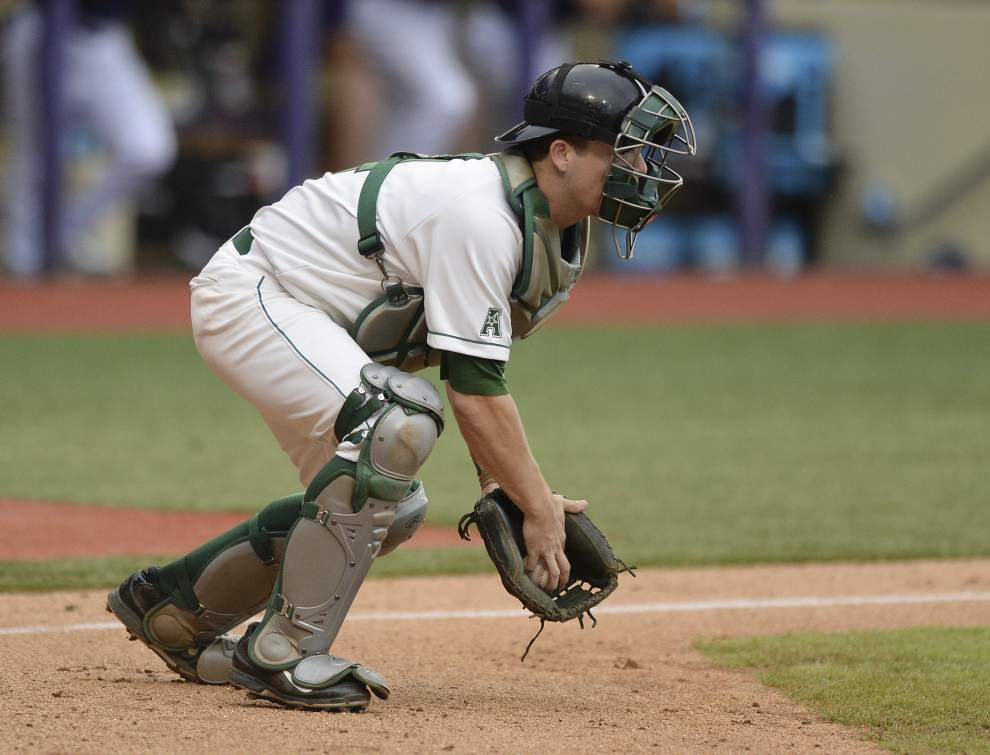 Rakin' and runnin': Tulane catcher Jake Rogers suddenly swings a potent bat _lowres