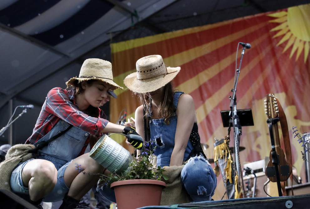 Review: What we liked, disliked about Neil Young's New Orleans Jazz Fest performance _lowres