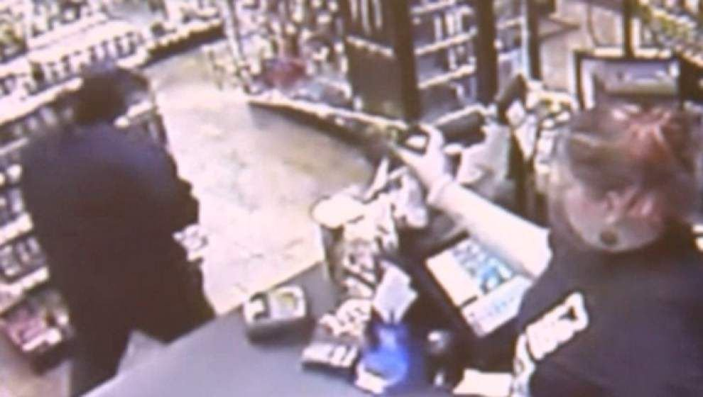 Store clerk stops would-be bandit with bug spray _lowres