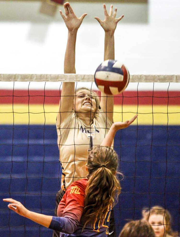Pope John Paul beats Mount Carmel in battle of defending state volleyball champions _lowres