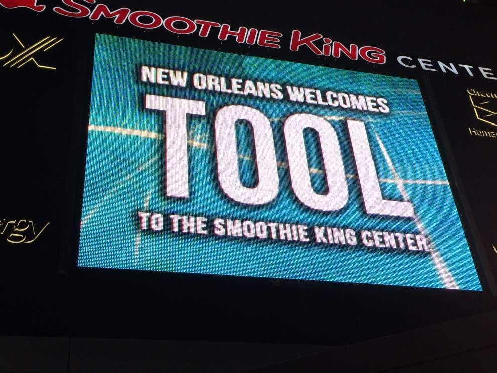 Fan falls from Smoothie King Center balcony during sold-out Tool concert _lowres