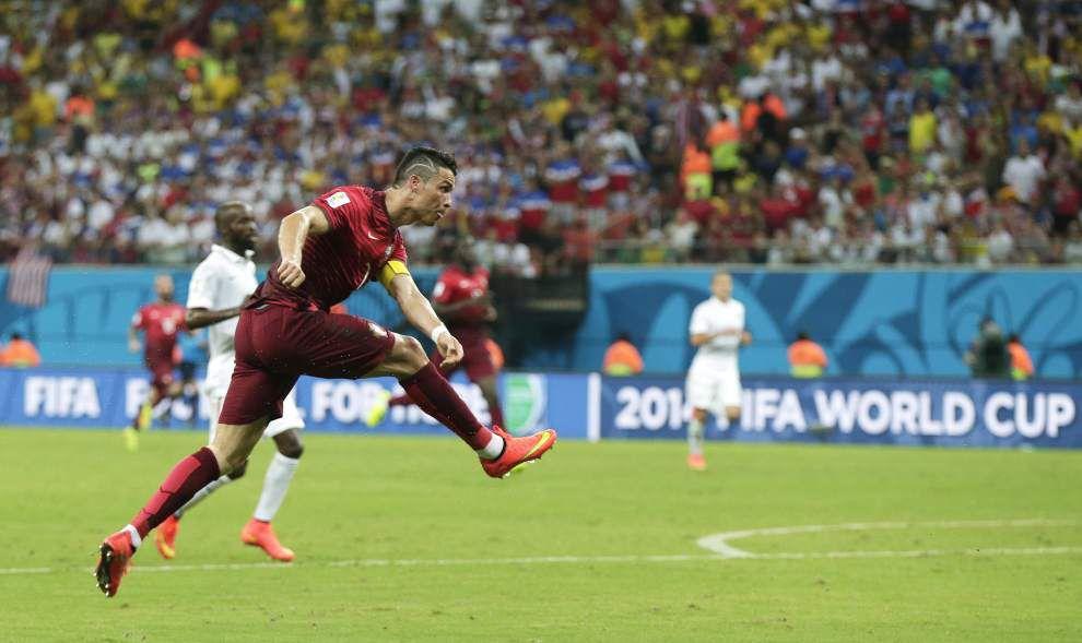 Ronaldo helps Portugal earn 2-2 draw against U.S. _lowres