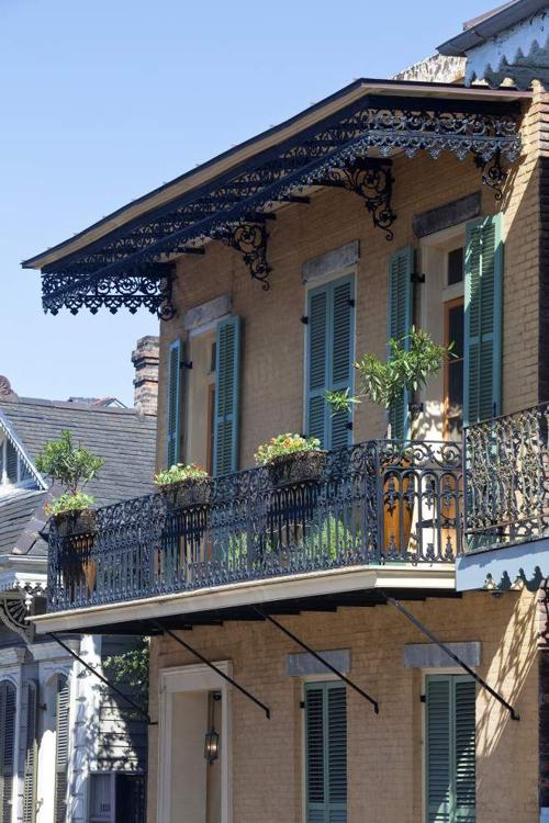 Peek behind Vieux Carre gates on Sunday's tour _lowres