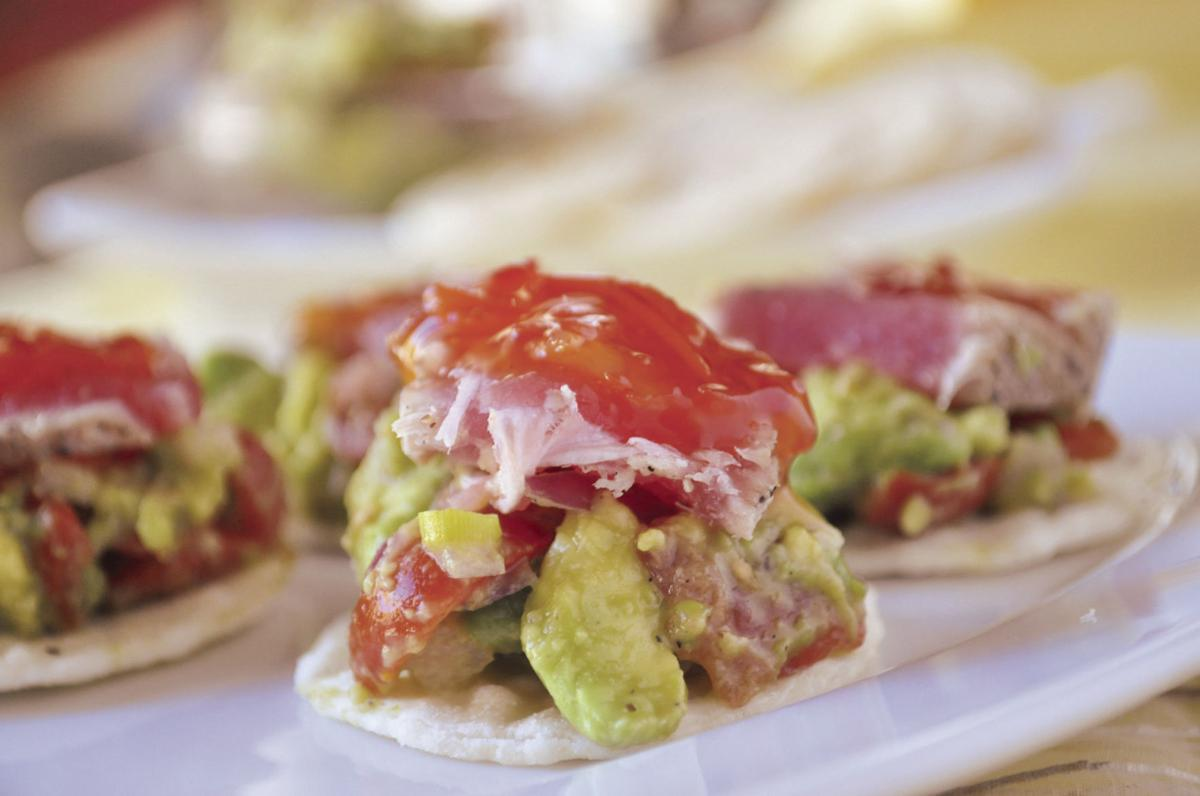 Seared_tuna_with_avocado_salsa3439