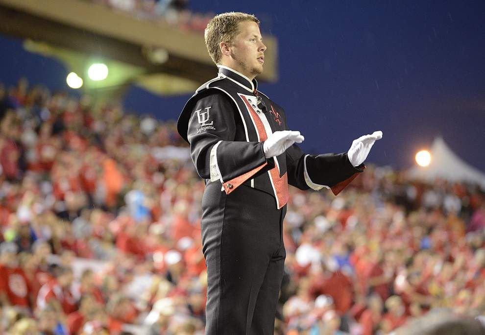 UL-Lafayette's drum major Matt Walling gets new perspective from flying solo _lowres