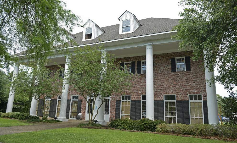 Report: LSU fraternity investigated for hazing gets probation, can remain on campus _lowres