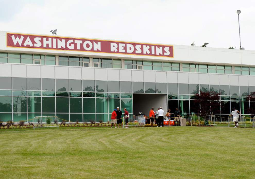 U.S. Patent Office finds Redskins' name offensive _lowres