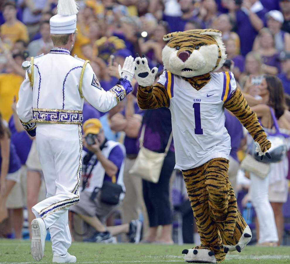 View Tiger Stadium like never before: Video of what LSU drum major sees during 'Pregame' _lowres