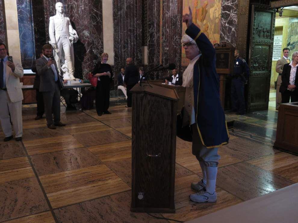 Thomas Jefferson visits Louisiana Legislature _lowres