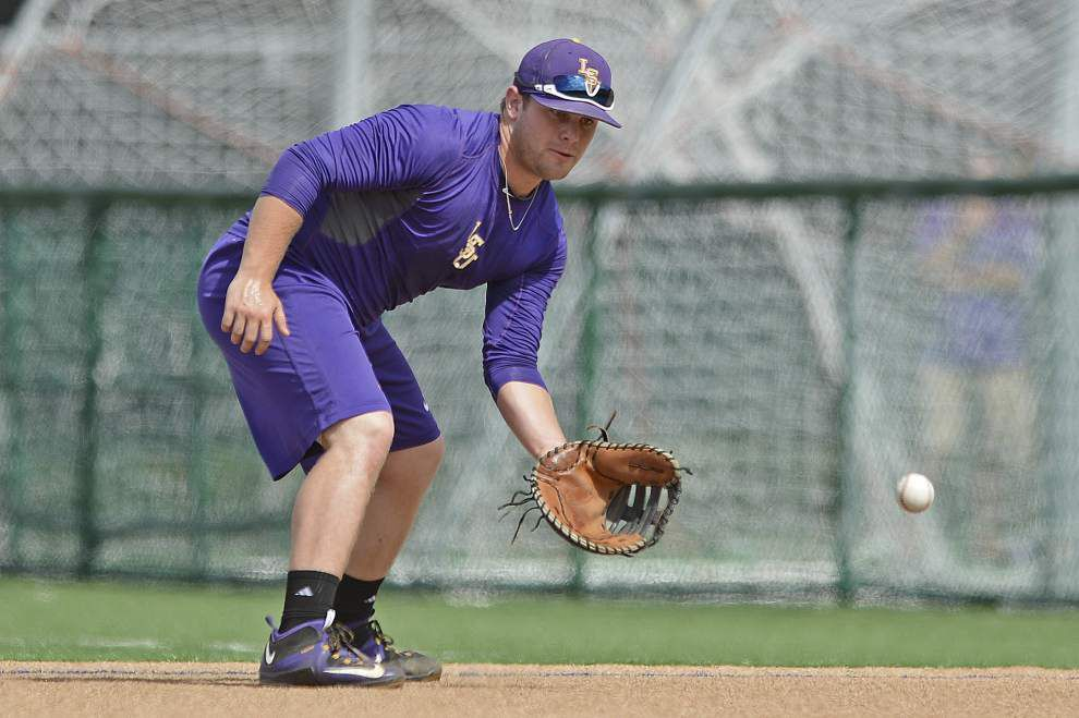 LSU baseball infielder Bryce Jordan undergoes MRI on knee _lowres