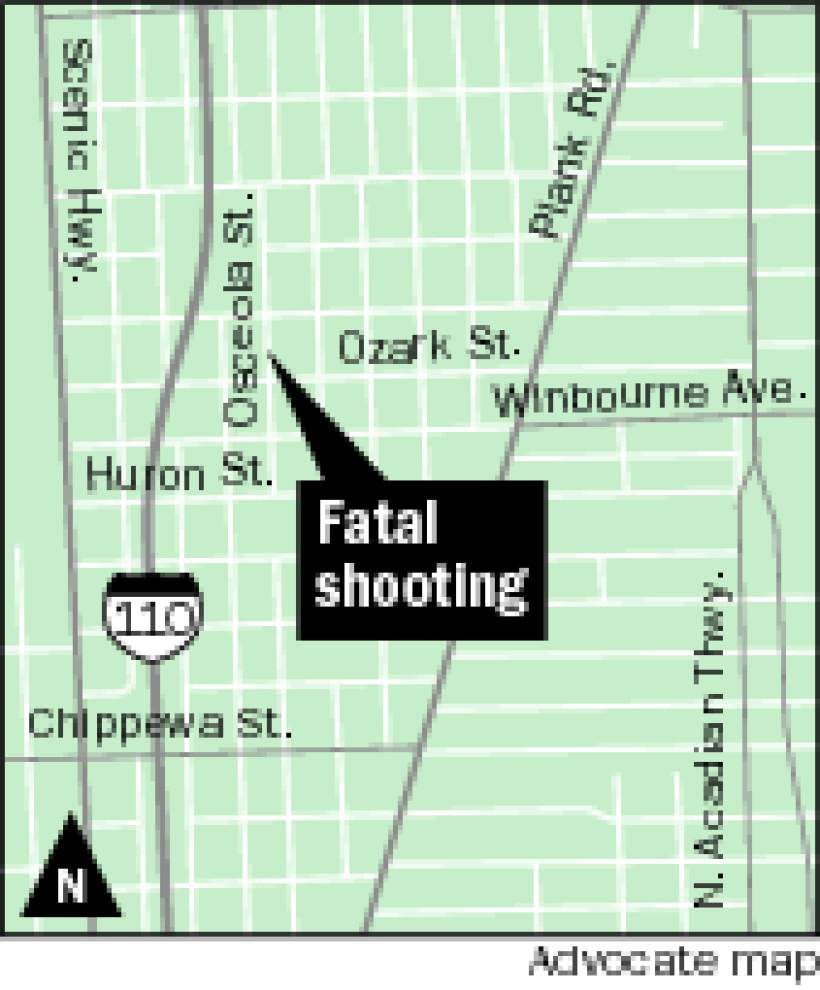 Blood trail leads police to find man shot to death between houses on Osceola Street _lowres