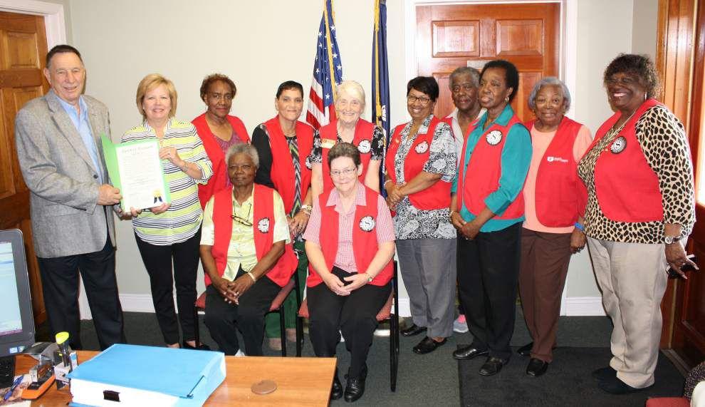 Foster Grandparent volunteers honored _lowres