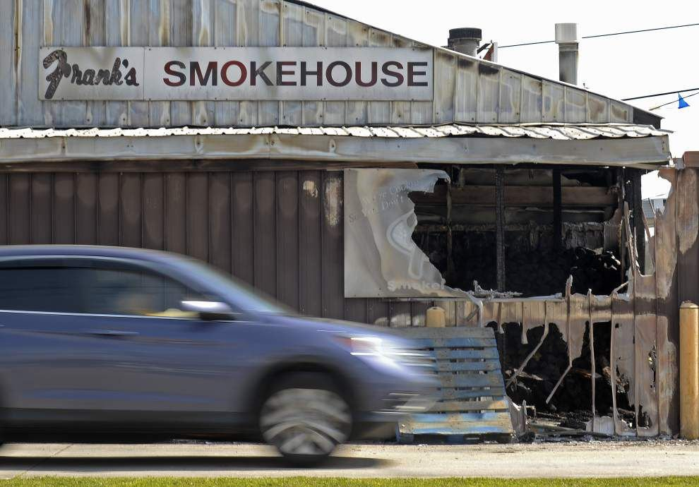 Fire damages smokehouse to Frank's Restaurant in Baton Rouge _lowres