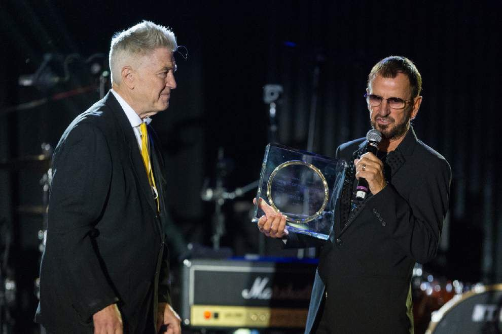 Celebs flock to honor Ringo Starr before Grammys _lowres
