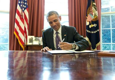 Obama to renew push for paid leave for working parents _lowres