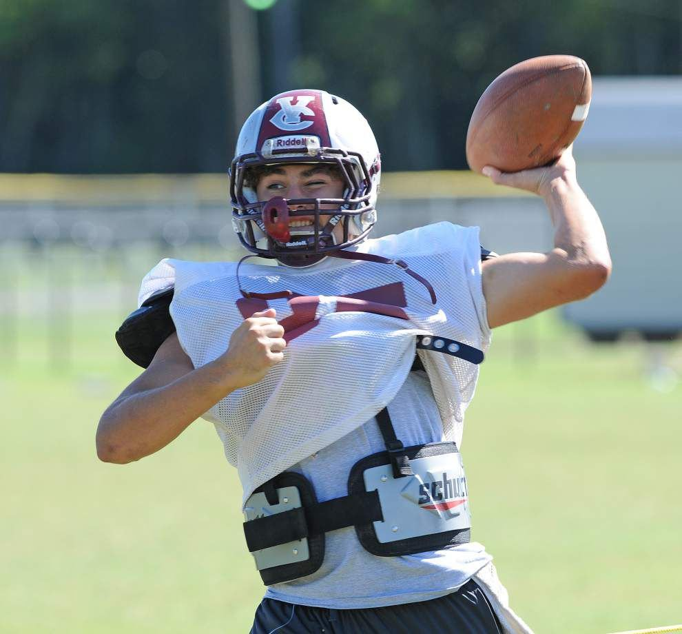 Hunter Frith's build doesn't fit the protypical quarterback, but his stats tell another story _lowres