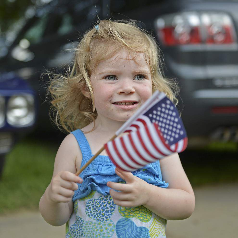 Annual Independence Day Parade rolls in Kenilworth _lowres