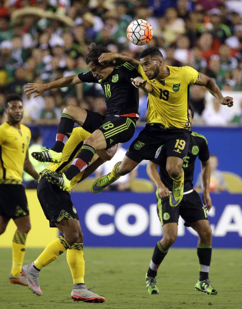 Mexico surges past Jamaica in Gold Cup final _lowres