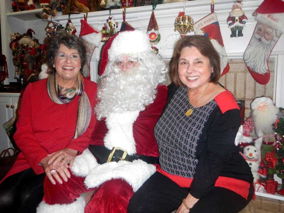 Elenian Club members gather for Christmas tea _lowres