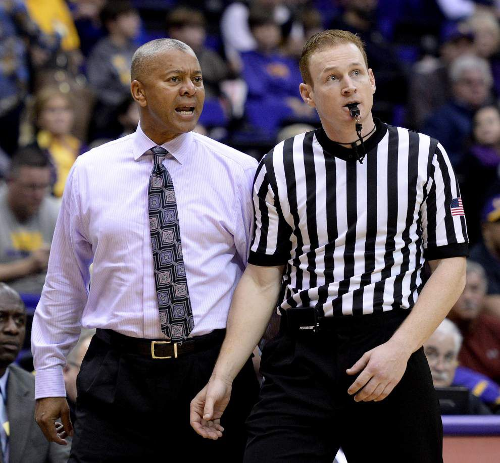 Road warriors? LSU men take on No. 10 Texas A&M on Tuesday night _lowres