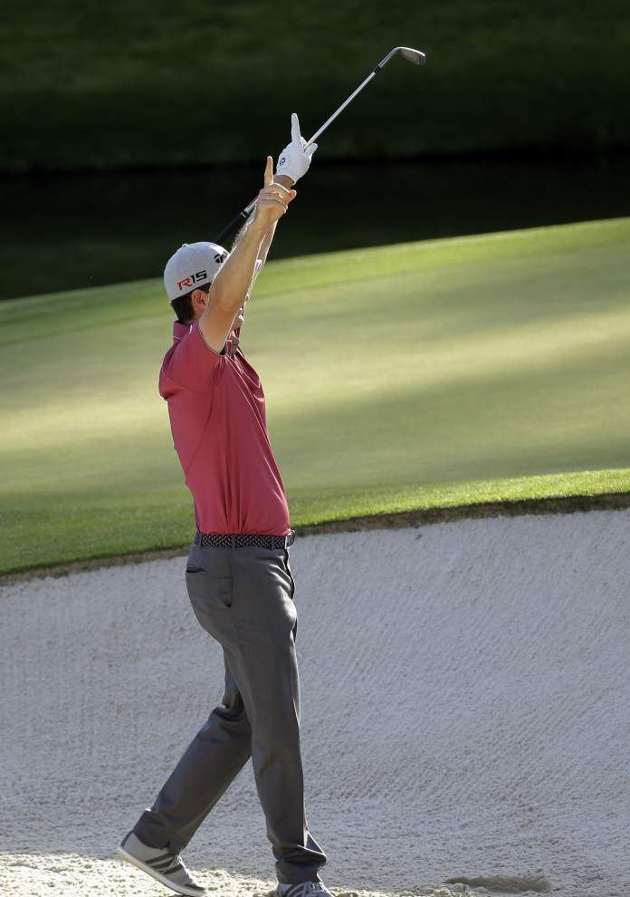 His late double bogey opens the door, but Jordan Spieth is still four shots up at the Masters _lowres