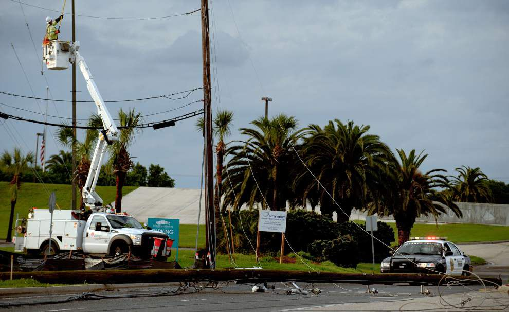 Kenner hammered by hail, heavy winds; street flooding, downed power lines reported _lowres
