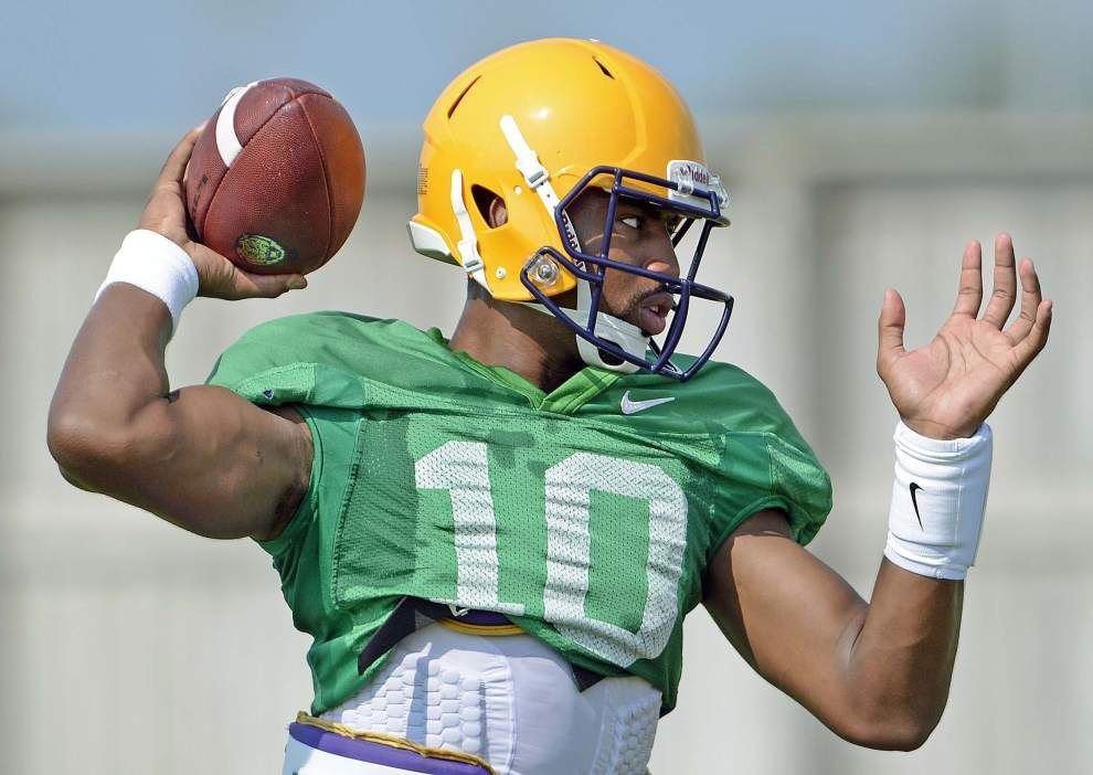 Video: LSU quarterback drills from Wednesday's practice _lowres