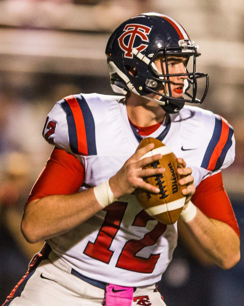 Teurlings quarterback Cole Kelley pledges to Arkansas _lowres